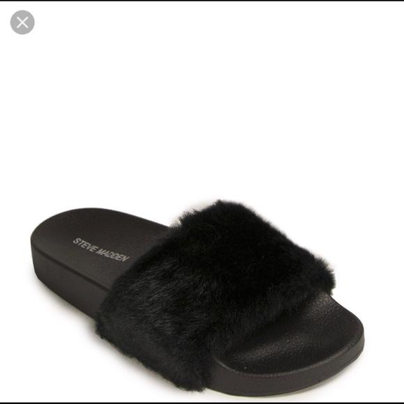 3341fda9078 Steve Madden Fur Slippers